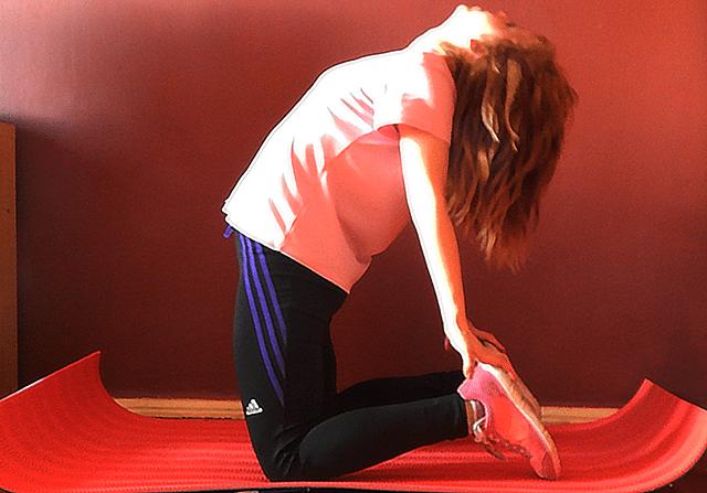 Rozciąganie i stretching. Rozciąganie pleców, brzucha, pośladków, Rozciąganie nóg. Ćwiczenia na rozciąganie, ćwiczenia stretching, jak zacząć się rozciągać?