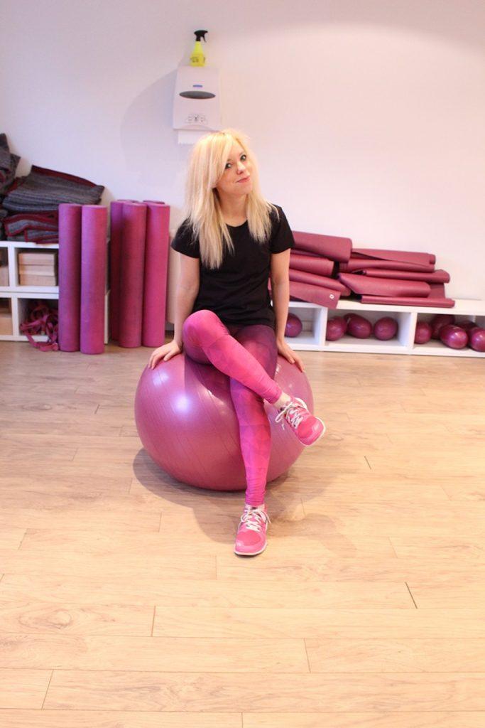 Marta Hennig, trener fitness, ćwiczenia z piłką