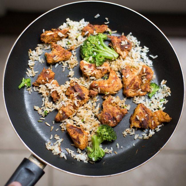bycie fit - jakich błędów unikać, zdrowy obiad