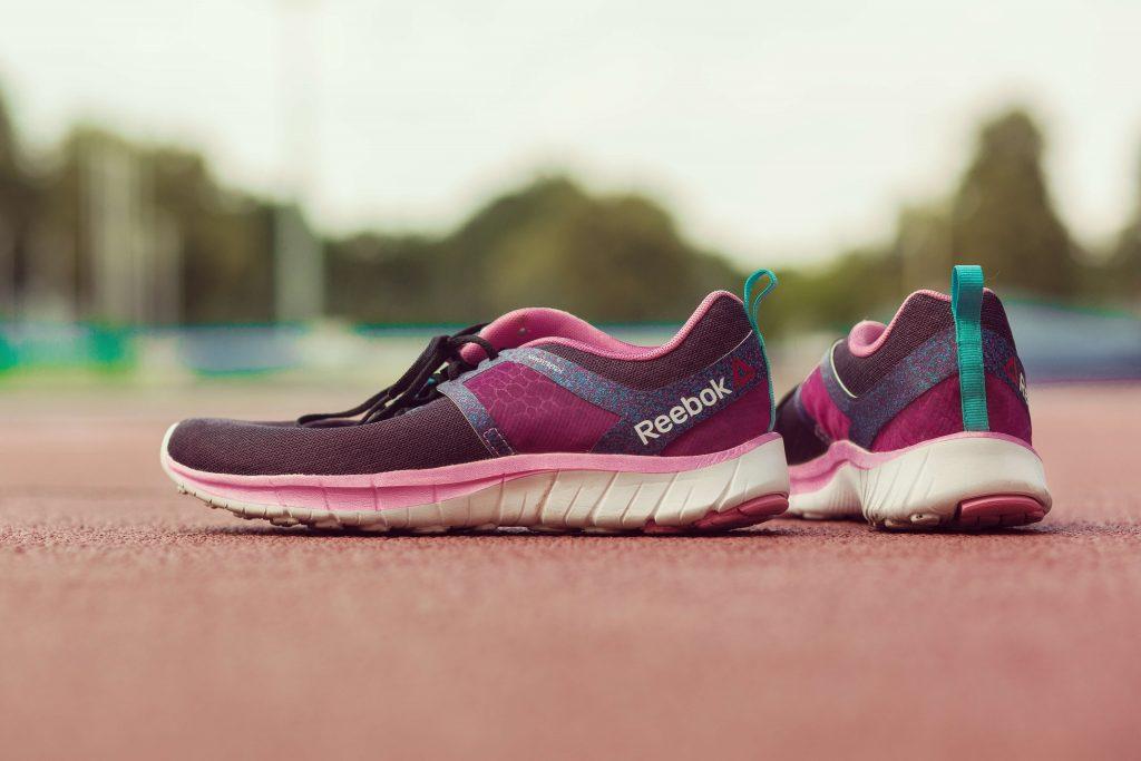 buty sportowe, dlaczego tyję, czy sport odchudza