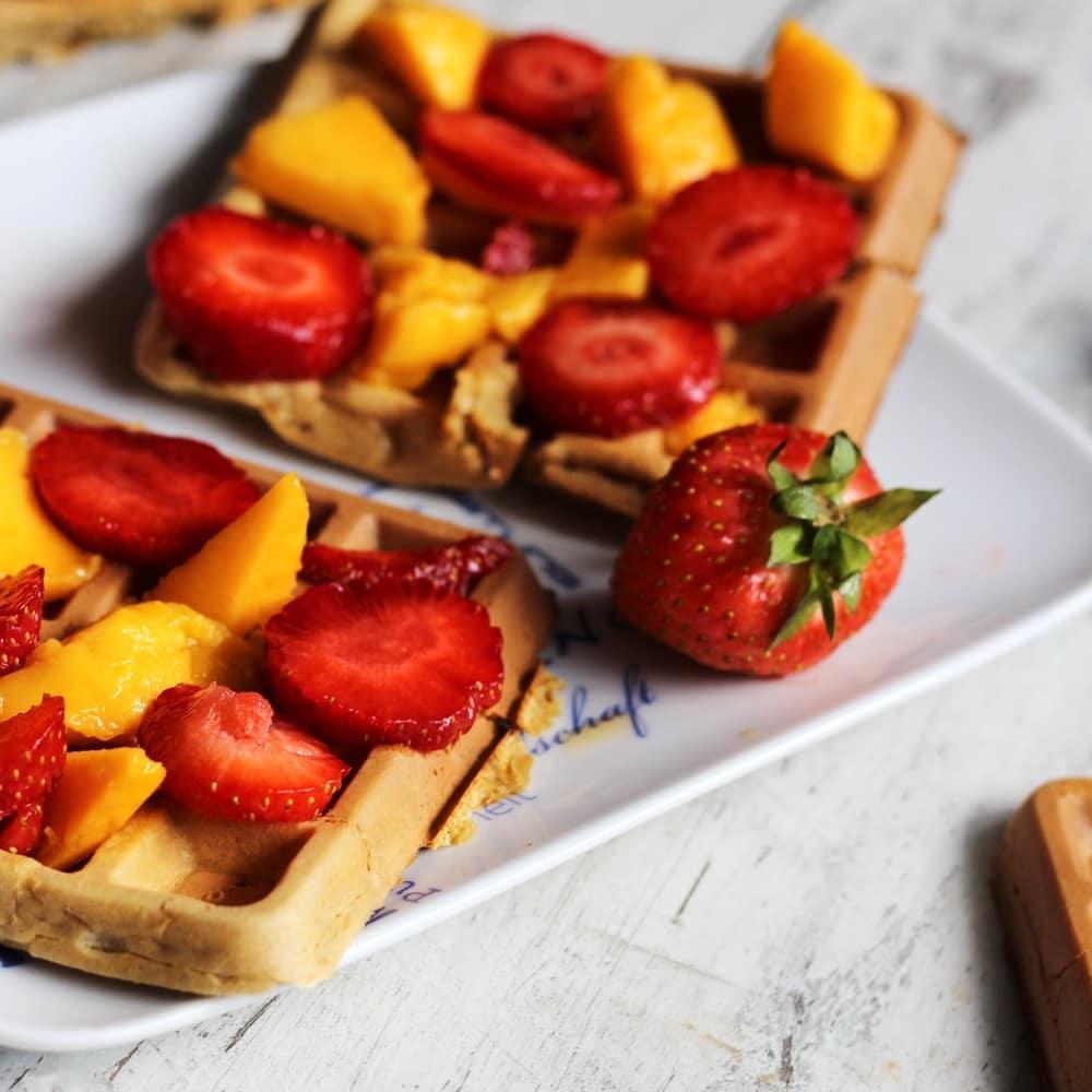 gofry owsiane z owocami - na słodko