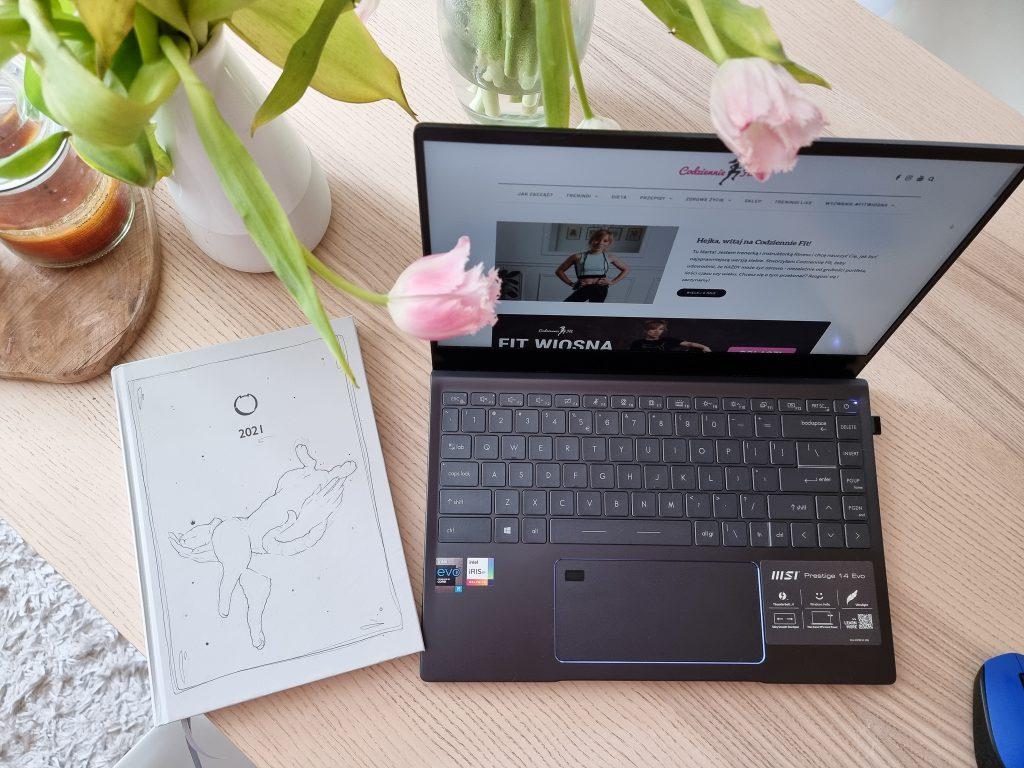 Codziennie fit, laptop Intel Evo, jak być fit home office
